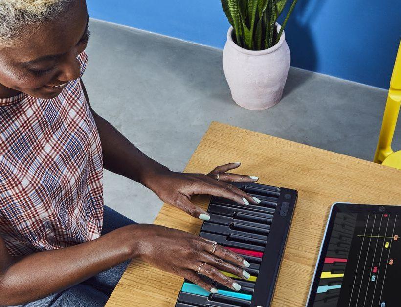 Roli dévoile Lumi: un clavier lumineux qui vous apprend à jouer du piano