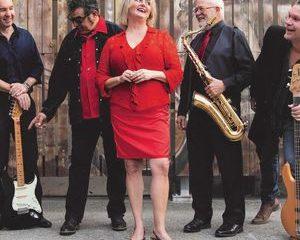Les sauteurs et le groupe de jazz montent en flèche dans les charts