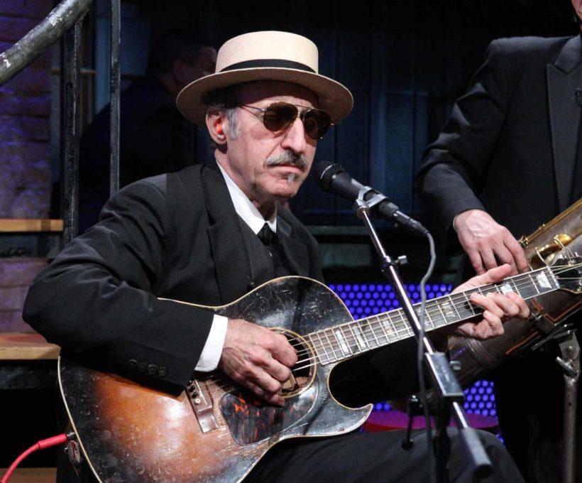 Leon Redbone, chanteur de repli idiosyncratique, décède