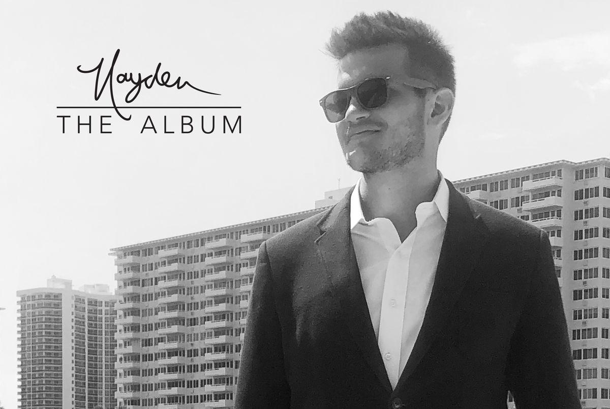 Hayden Grove de Cleveland.com montre son amour pour le jazz old-school et le swing dans son premier album
