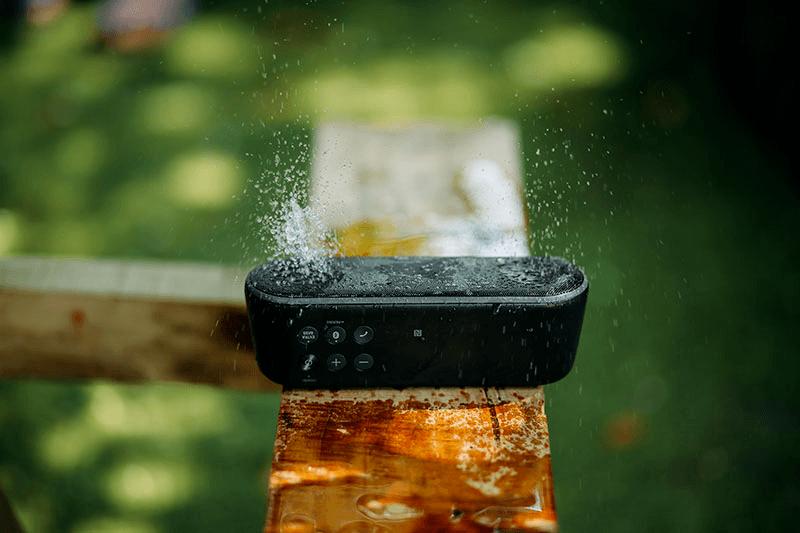 Haut-parleur étanche Bluetooth. Guide d'achat, Comparizon et avis
