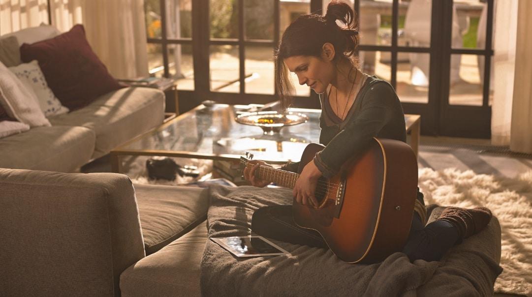 Face à la crise, la guitare trouve un nouveau souffle